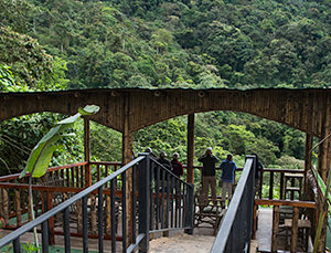 San Jorge Eco lodge Tandayapa Deck